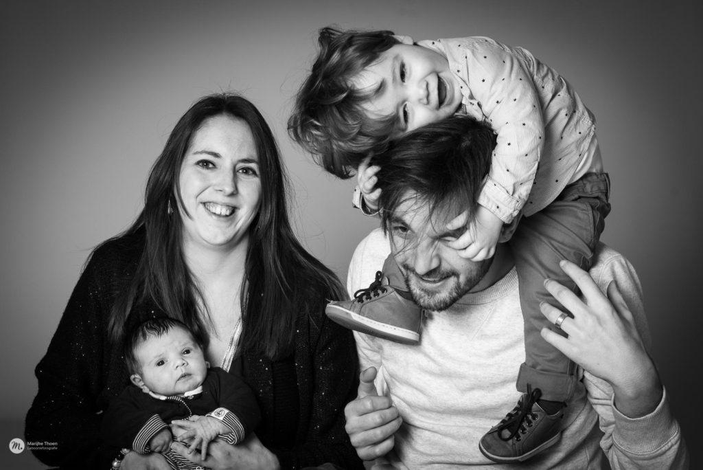 Familiefoto's, portret, gezin, kinderfotografie, lentefeest, communie