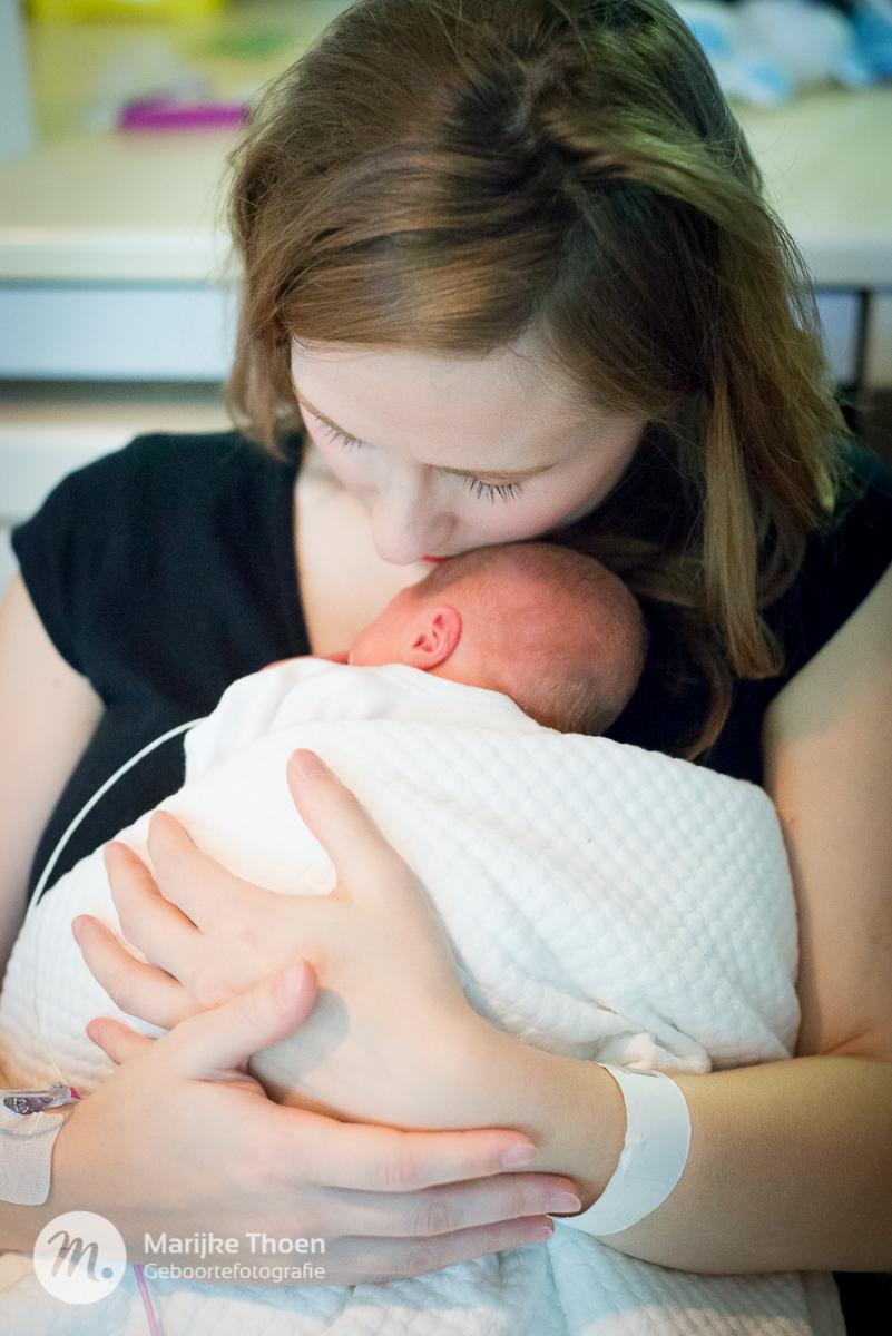 geboortefotografie-marijke-thoen-birth-37