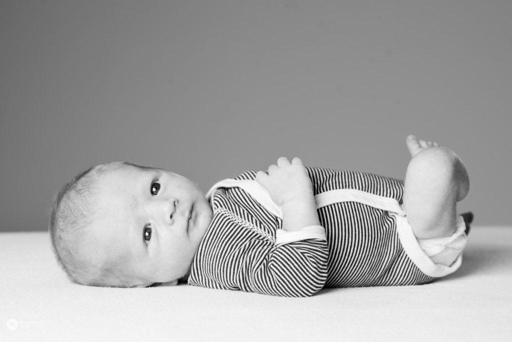 natuurlijke newbornfotografie, newborn fotografie, newborn, puur, sober, écht, liefdevol